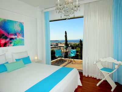 Photo for Voula Stunning Luxury 360° Sea View apartment 3brm sleeps 6