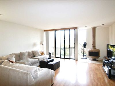 Photo for Encinitas Townhome 2 Bedroom, 2 1/2 bath, SWIMMING POOL, JACUZZI