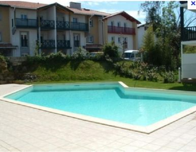 Photo for T2 with swimming pool, 5 minutes from the bay