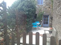 The gite is ideal. typically french with sympathetic restoration. well stocked and furnished.