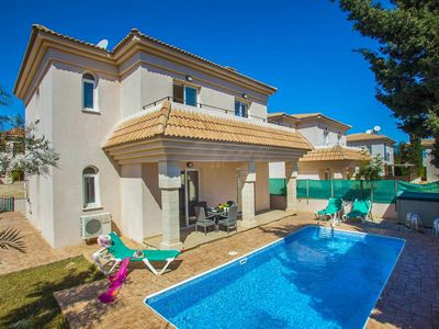 Photo for Villa Arianna: Large Private Pool, Walk to Beach, A/C, WiFi, Car Not Required, Eco-Friendly