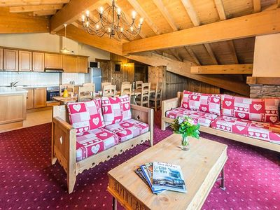 Photo for Residence Chalet Le Refuge **** - 10/12 Persons 6 Rooms