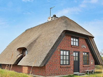 Photo for Cozy Holiday Home with Roofed Terrace in Hvide Sande