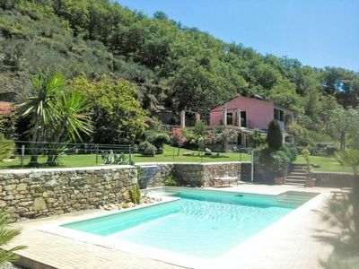 Photo for One bedroom Villa, sleeps 7 with Pool, Air Con, FREE WiFi and Walk to Shops