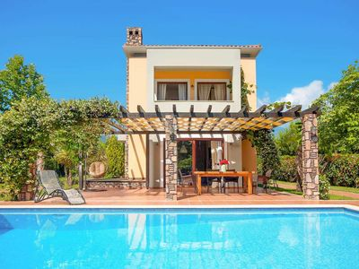Photo for 2 bedroom Villa, sleeps 4 in Paralia Skotinas with Pool, Air Con and WiFi