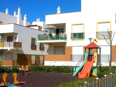 Photo for Air-conditioned Apartment In Cabanas. Turismo de Portugal Licence no. 20608/AL