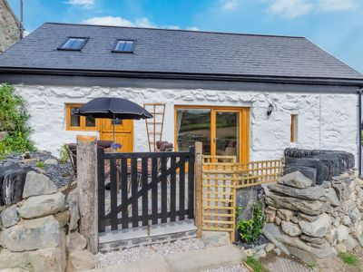Photo for Ysgubor Wen is a newly renovated cottage in the Conwy Valley, a walk away from Llanrwst and a short