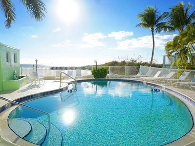 Photo for A Dose of Vitamin Sea & D - Cute 2 Br/2 Bth condo on Fort Myers Beach