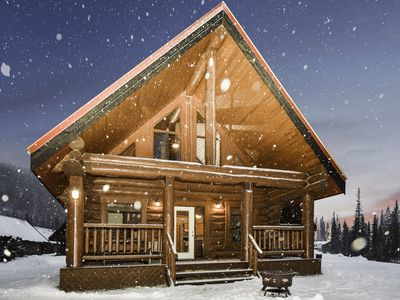 Photo for ☼Getaway Cabin Perfect For Ski Or Hike For Groups☼