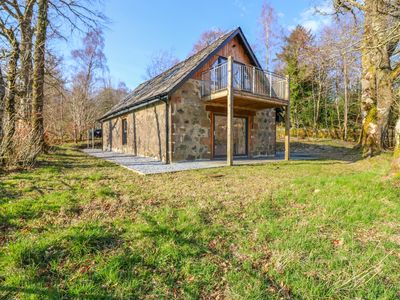 Photo for BOAT HOUSE, romantic, with open fire in Invergarry, Ref 1003910