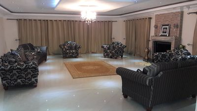 Large living room to cater for hosts