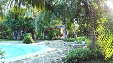 Superior villa with garden / pool and personal service to 150mt sea