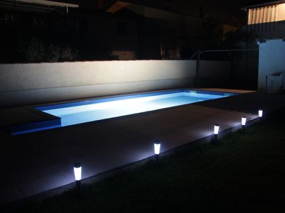 Photo for Pool house in Valbandon