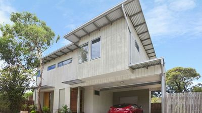Photo for CENTRAL TORQUAY - MODERN TOWNHOUSE (T407)