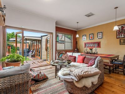 Photo for Relaxing 3 bedroom home with garden  and deck close to central Melbourne