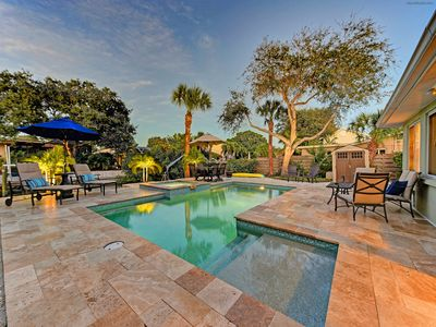 Photo for Updated canal front home with private pool located near Siesta Key Village!!