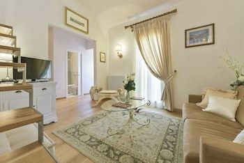 Photo for Casa Elisa - With cozy terrace and a wonderful view over Florence