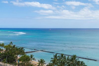 Gorgeous ocean views from your balcony / lanai