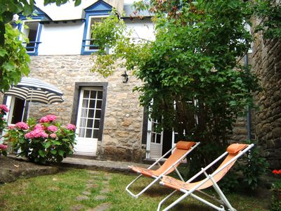 Photo for HOUSE IN GARDEN IN THE HEART OF THE SMALL PORT OF ST GOUSTAN Auray-Gulf of Morbihan