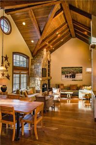 Photo for Woodrun 61: 4 BR / 4.25 BA townhome in Snowmass Village, Sleeps 10