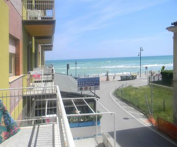 Photo for Two-room apartment with sea view on the seafront of Fossacesia