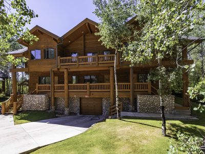 Photo for Log Cabin Luxury Retreat. Walk to Canyons Gondola - Sleeps 9!