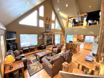 Photo for Cabin on the Ridge on 2 Acres! Amazing views, Game Room, Hot tub, Fireplace