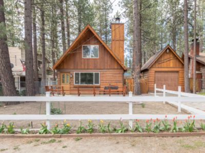 Photo for Beautiful - Cozy Cabin in the Central Part of Big Bear