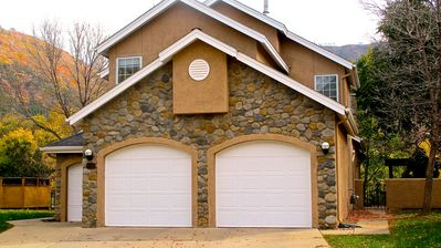 The front of our Lovely Golf and Ski Villa in Dalton Ranch Golf Club!
