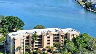 Photo for Chinaberry 952  - 2 Bedroom Condo with Private Beach with lounge chairs & umbrella provided, 2 Pools, Fitness Center and Tennis Courts.