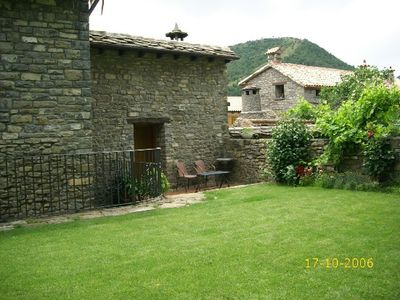 Photo for Rural apartment El Castillo for 2 people