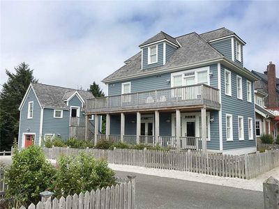 Photo for Blue Lantern Cottage: a beach getaway at Seabrook in Pacific Beach