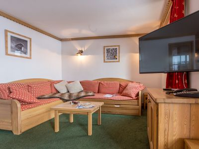 Photo for Appartement cosy et stylé à la montagne | Accès direct aux pistes
