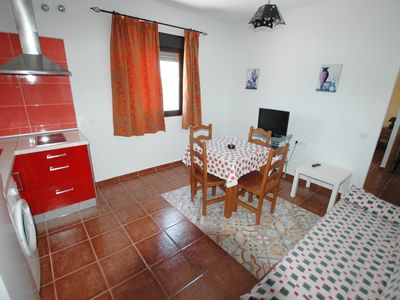 Photo for Apartment with air conditioning and garage