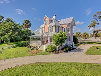 Photo for Bright Victorian BnB With A Huge Porch And A River View, Near Cocoa Beach