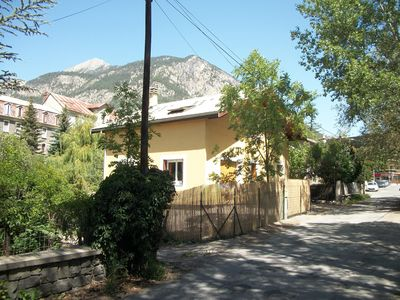 Photo for Quiet, 5 minutes walk from shops and the Prorel gondola, 15 minutes from the station