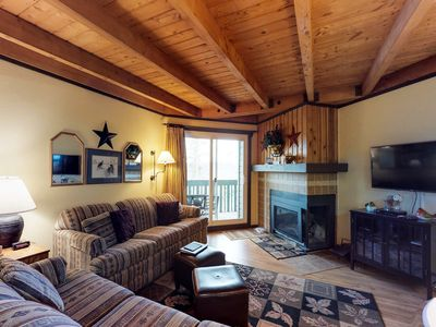 Photo for 2BR Condo Vacation Rental in Silverthorne, Colorado