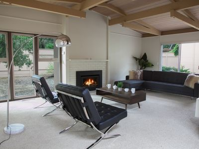 Photo for Mid-Century Peaceful Retreat