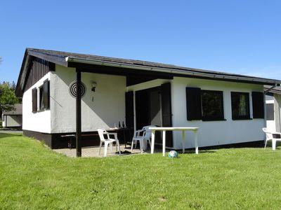 Photo for Detached holiday home in Willingen-Usseln with covered terrace