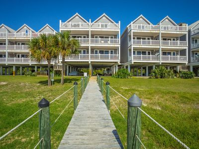 Photo for Captain's Castle, 3 Bedroom 3.5 Bath  Condo The Gulf of Mexico with Fishing Pier.