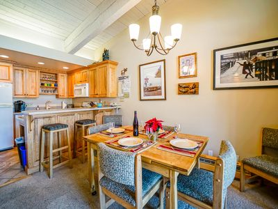 Photo for Ski in/Out top floor + Private Shuttle+ Pool & Hot Tubs + Rent 4nts get 5th Free