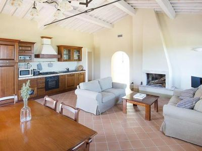 Photo for Holiday resort Podere Cignella, Trequanda  in Um Siena - 6 persons, 3 bedrooms
