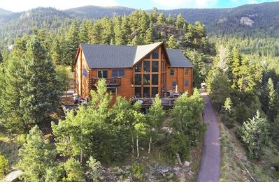Photo for Spectacular Colorado Mountain Lodge with amazing views and hot tub!