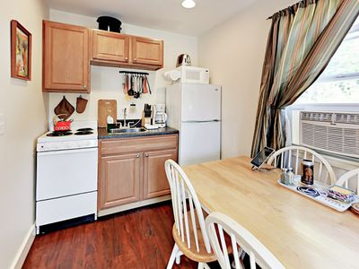 Kitchen - The kitchen is perfectly equipped with full-size appliances for preparing quick meals.