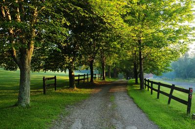 The entry to Chanteclaire Farm will immediately relax you.