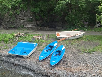 Owners share 2 kayaks,peddle boat & row boat w/guests at 2 rental properties