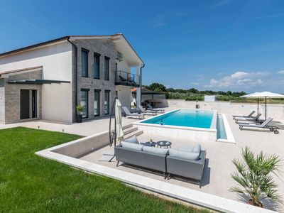 Photo for 4BR House Vacation Rental in Marčana, Istria County