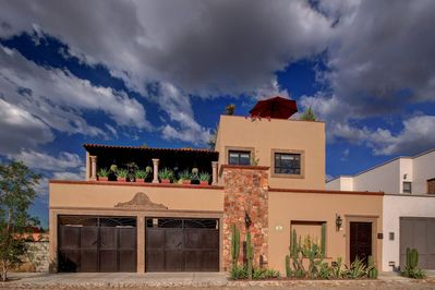 Gorgeous New House With Four Terraces And Elevator Zona Centro