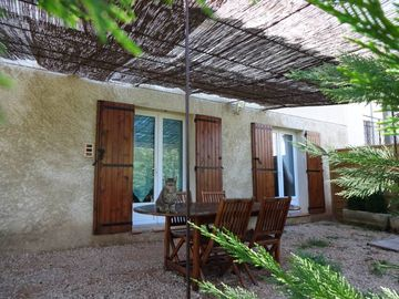 Search 459 holiday rentals