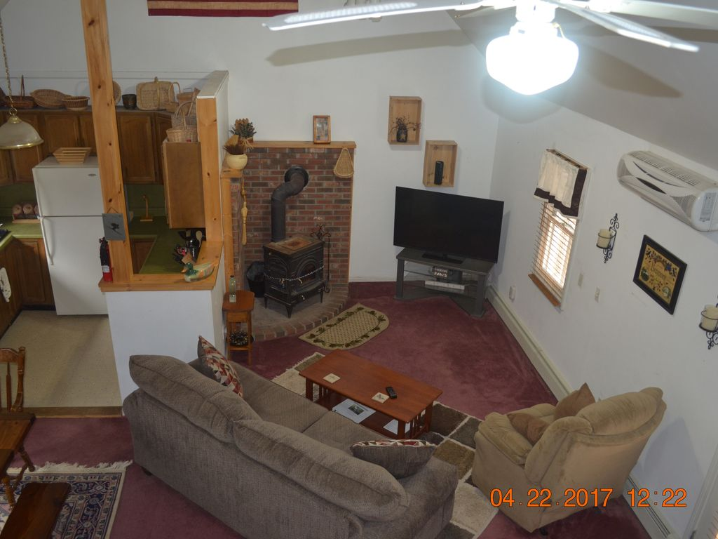 Large Beautiful Cottage In Secluded Area Wilmington Vt
